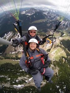 Tandemflug über dem Wallberg am Tegernsee am 7. Mai 2015