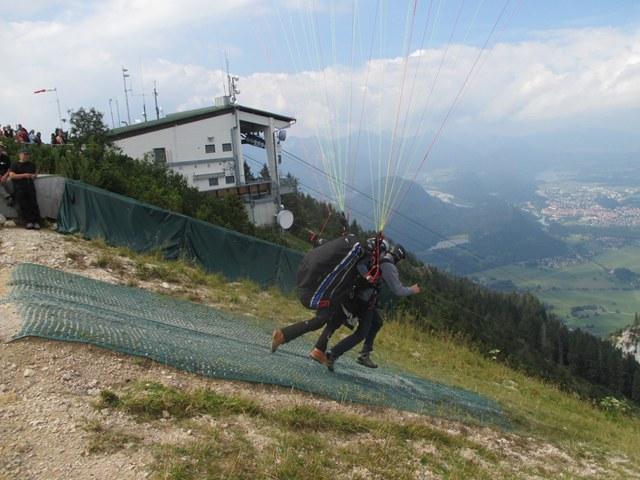 gleitschirm-tandemflug-tegelberg-start2